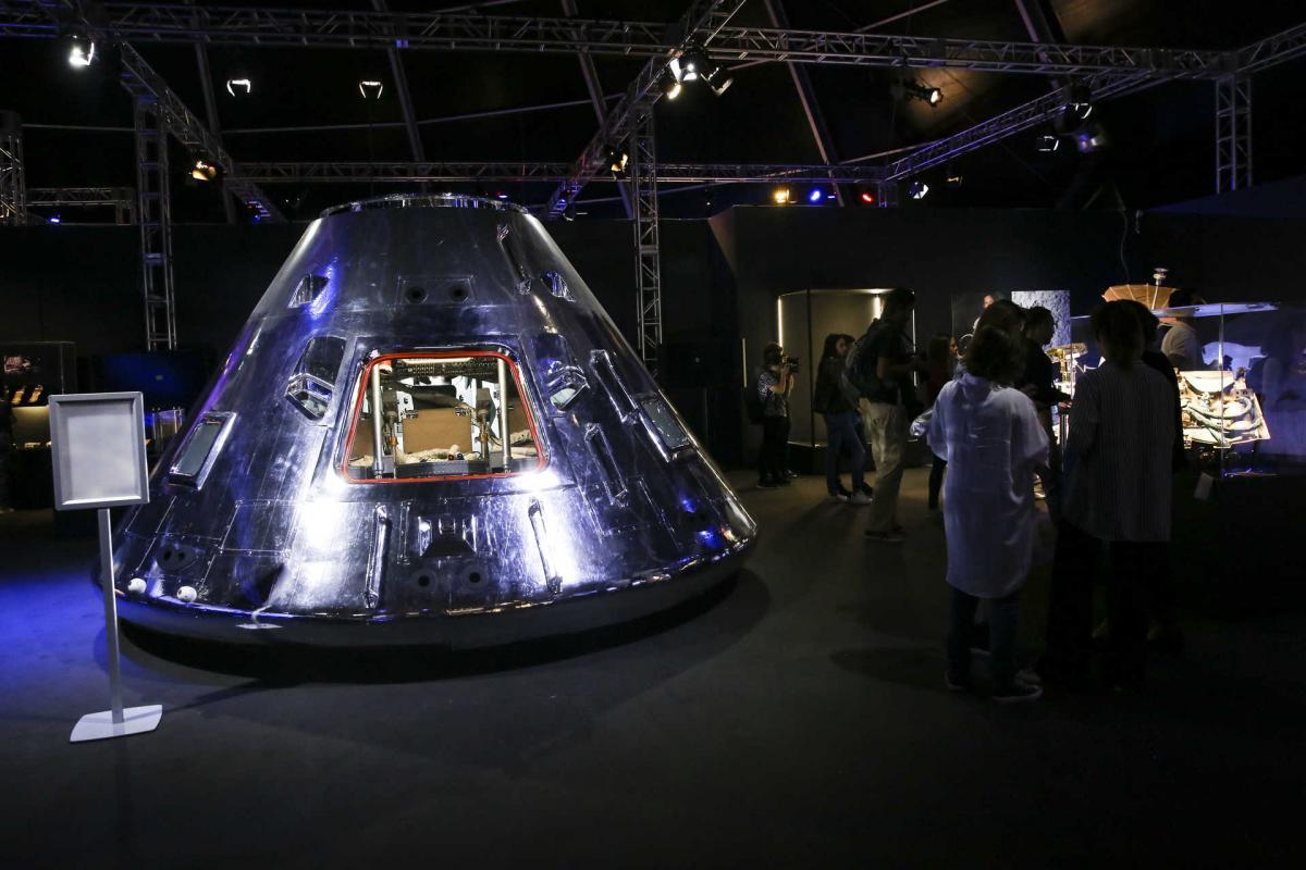 Exposição Cosmos Discovery