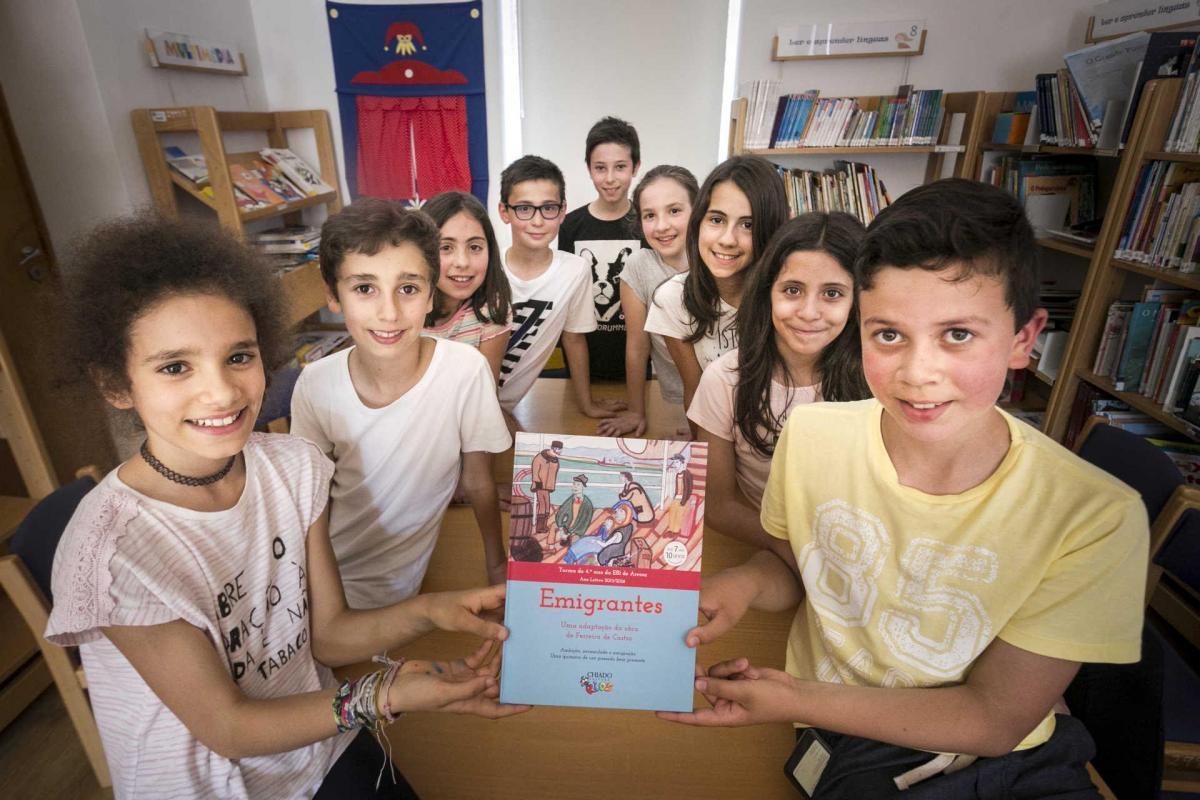 Reportagem com alunos da 4.º ano que escreveram livro de homenagem a Ferreira de Castro.